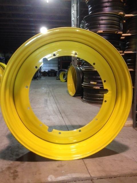 John Deere RE175533 Wheels / Tires / Track