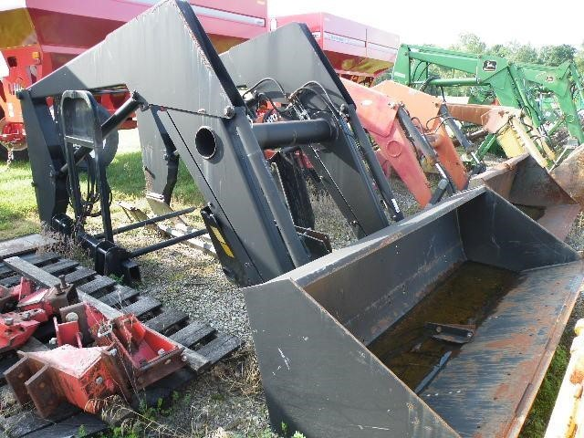 Farmhand XL1340 Front End Loader