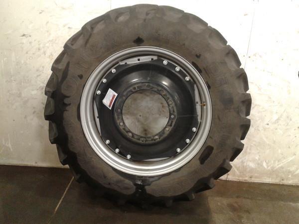 Firestone 420/85R38 Wheels / Tires / Track