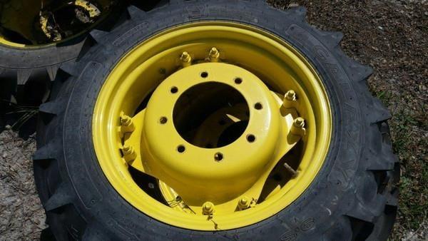 Goodyear 19.5-24 Wheels / Tires / Track