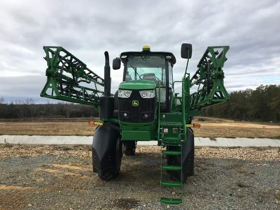 2019 John Deere R4023 Self-Propelled Sprayer