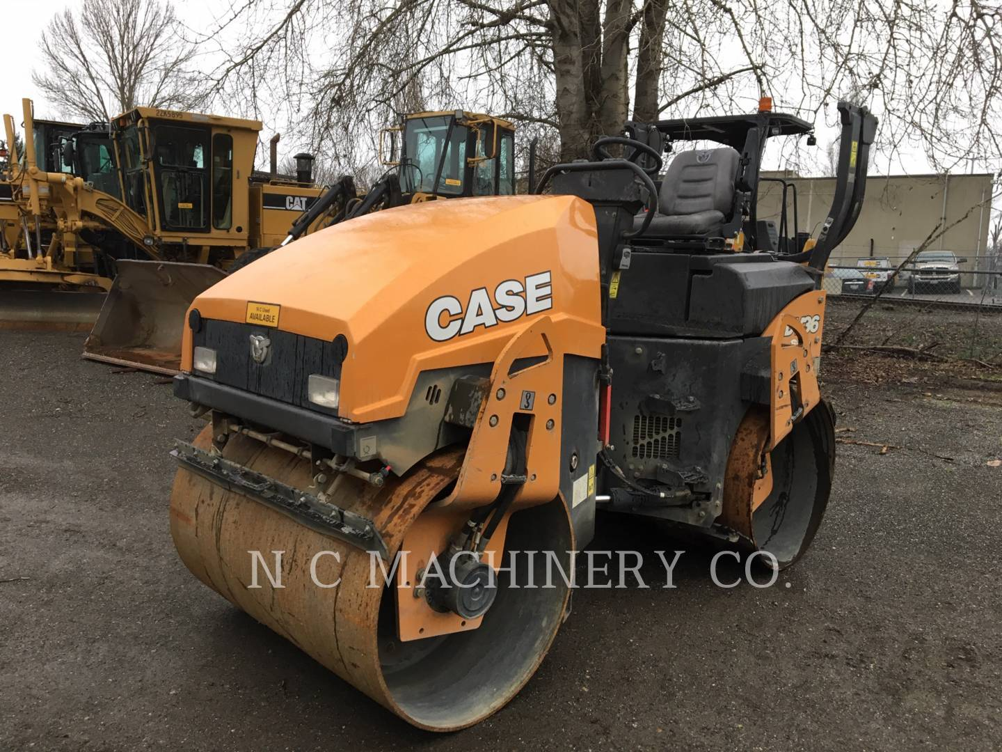 2017 Case DV36 Compacting and Paving