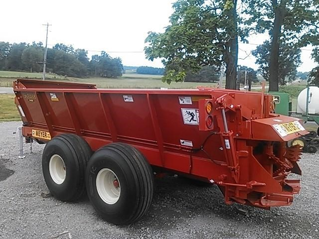 2019 Meyer 7400 Manure Spreader