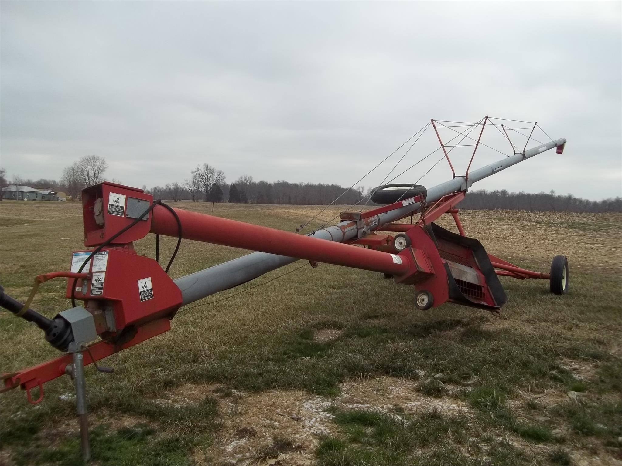 Grain King 8x60 Augers and Conveyor