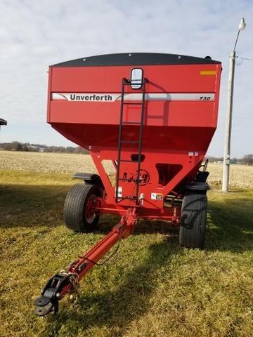 2014 Unverferth 730 Gravity Wagon