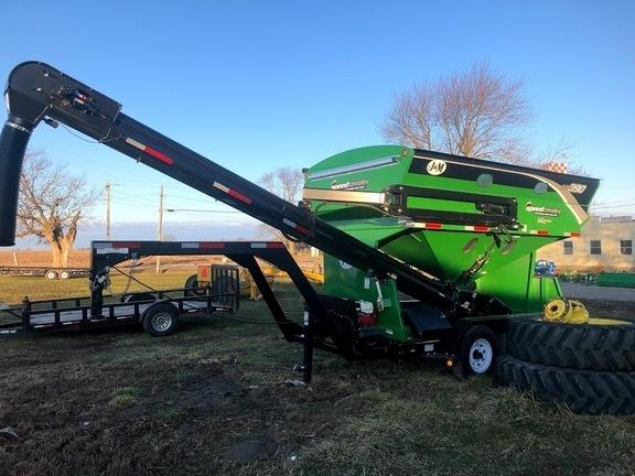 2019 J&M 390 Seed Tender