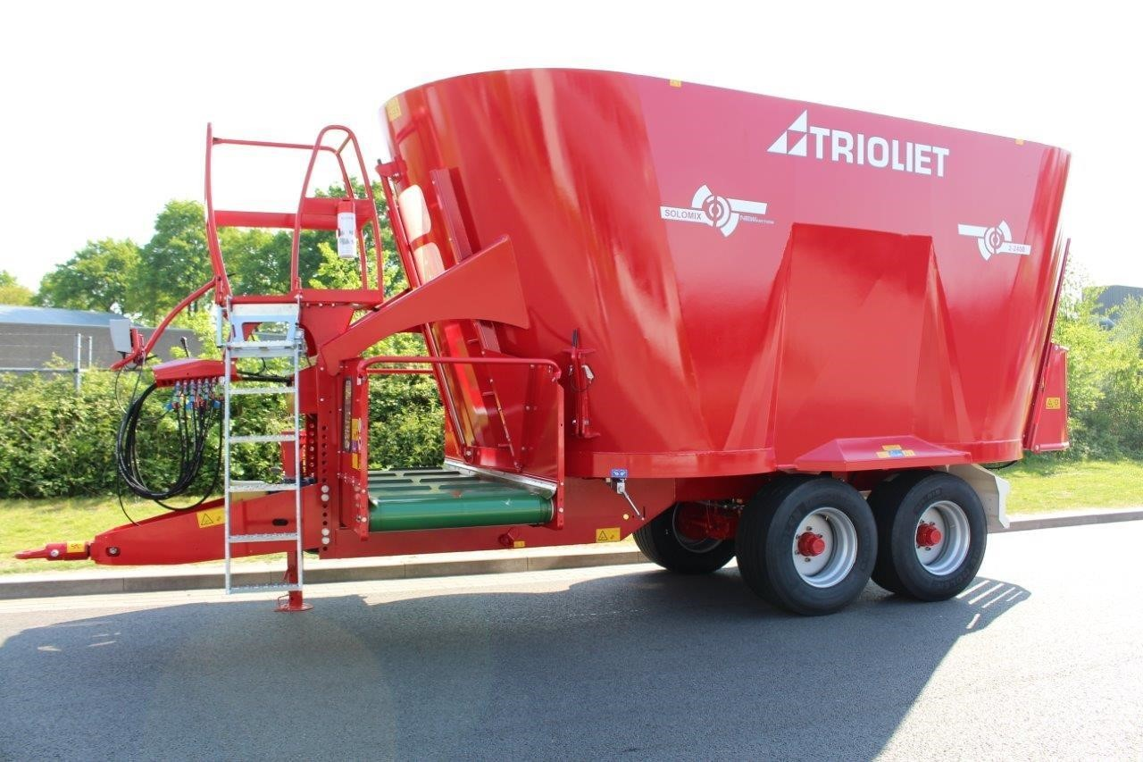 Trioliet Solomix 2-2400VLH T Grinders and Mixer