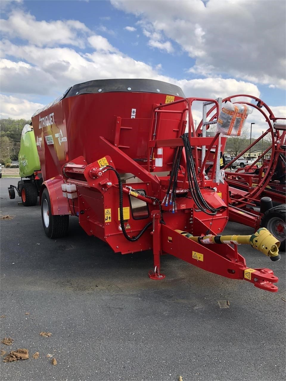 2021 Trioliet SOLOMIX 2-1600VLL-S Feed Wagon