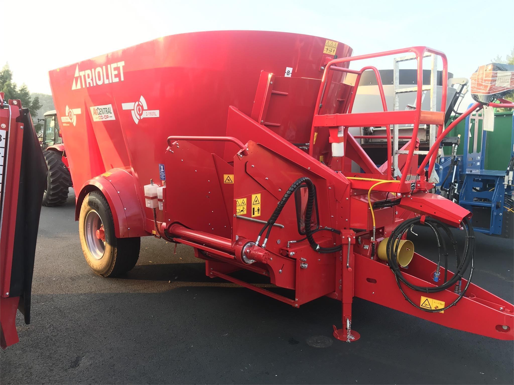 2021 Trioliet SOLOMIX 2-1600L VLC Feed Wagon