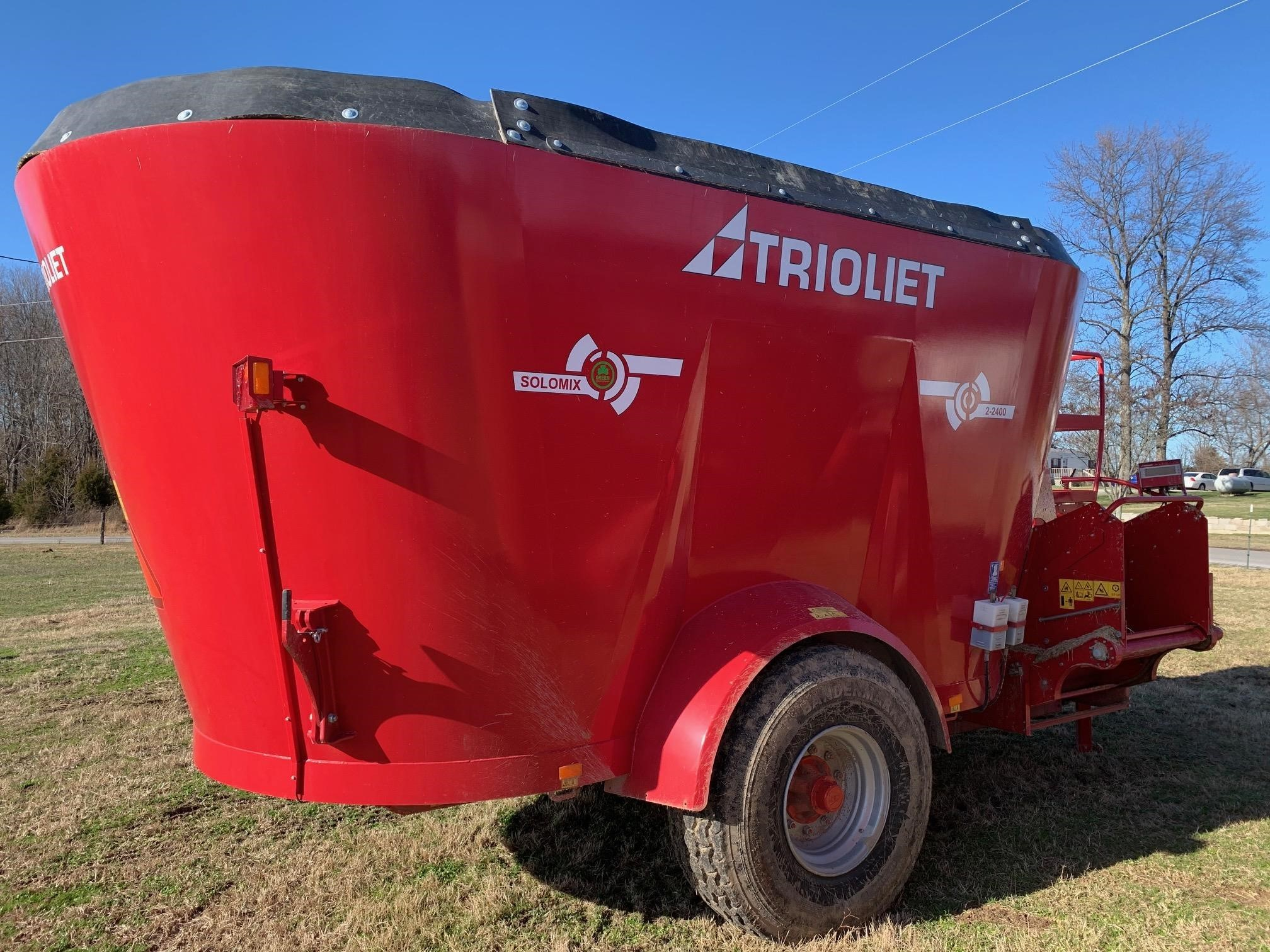 2021 Trioliet SOLOMIX 2400 Feed Wagon