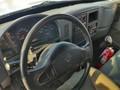 2006 International DURASTAR 4300 Semi Truck