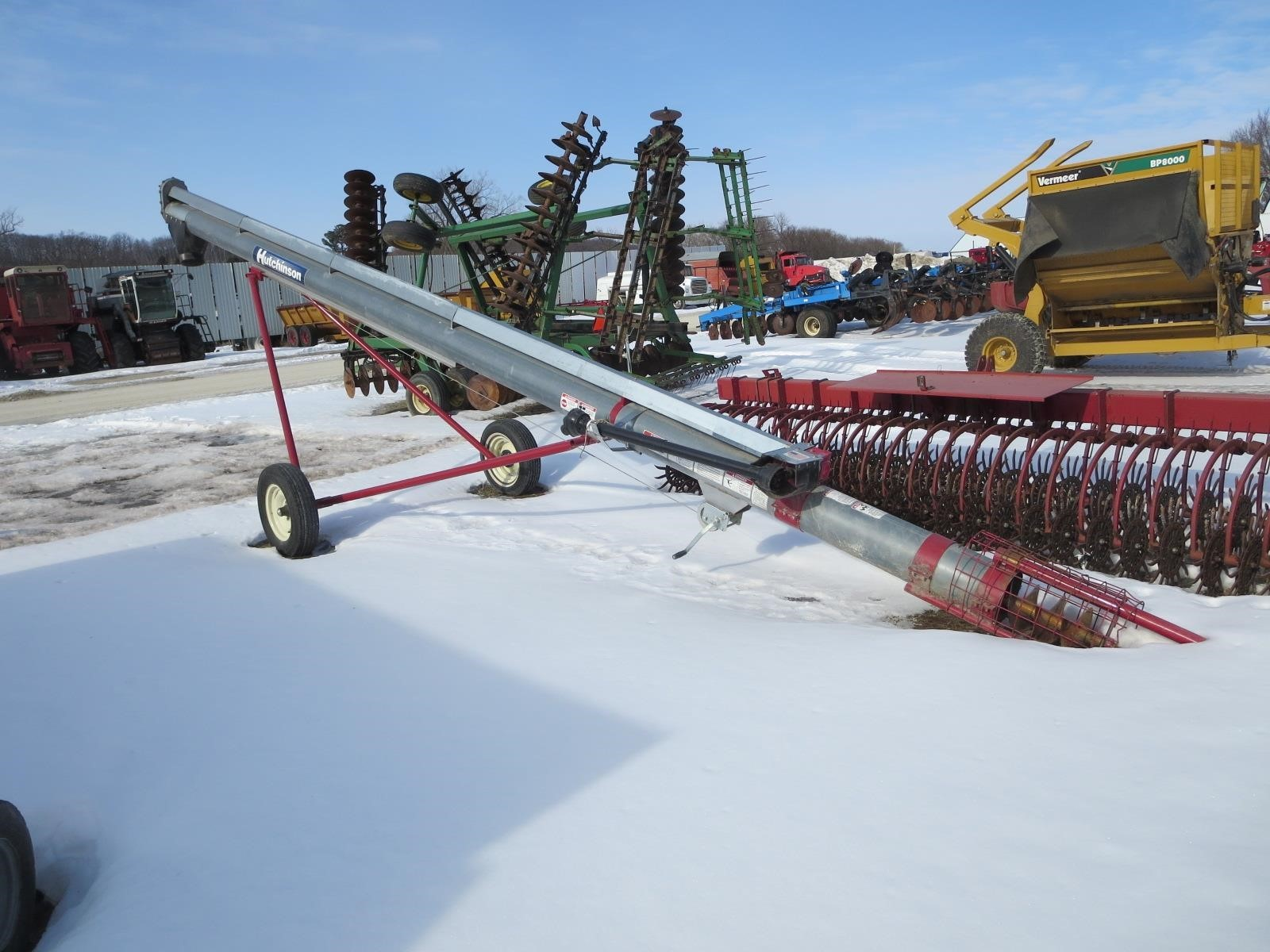 Hutchinson 10x32 Augers and Conveyor