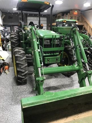 2006 John Deere 5425 Tractor