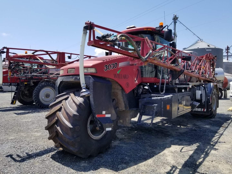 2012 Case IH Titan 3030 Self-Propelled Fertilizer Spreader