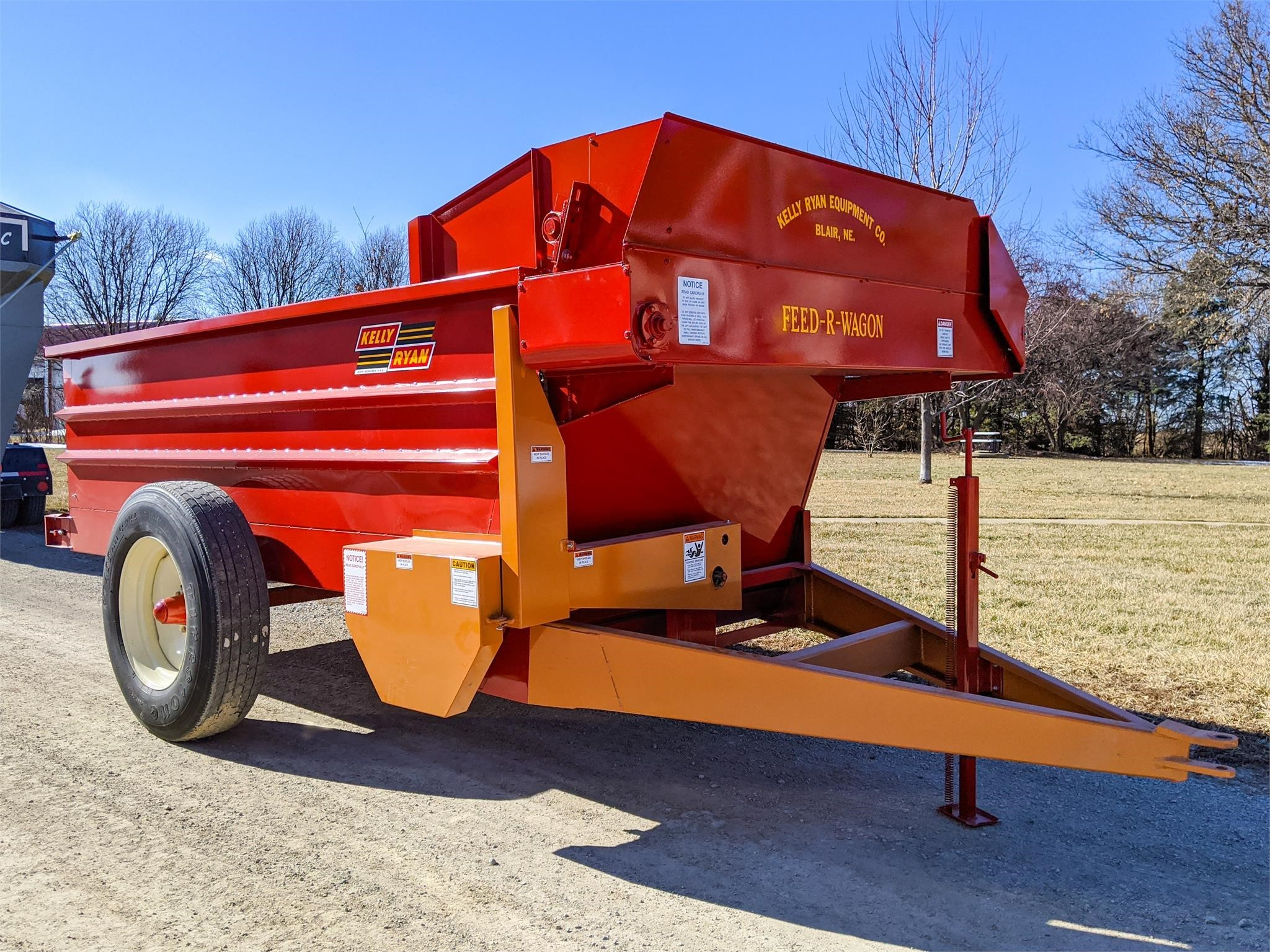 2020 Kelly Ryan 5x12 Grinders and Mixer