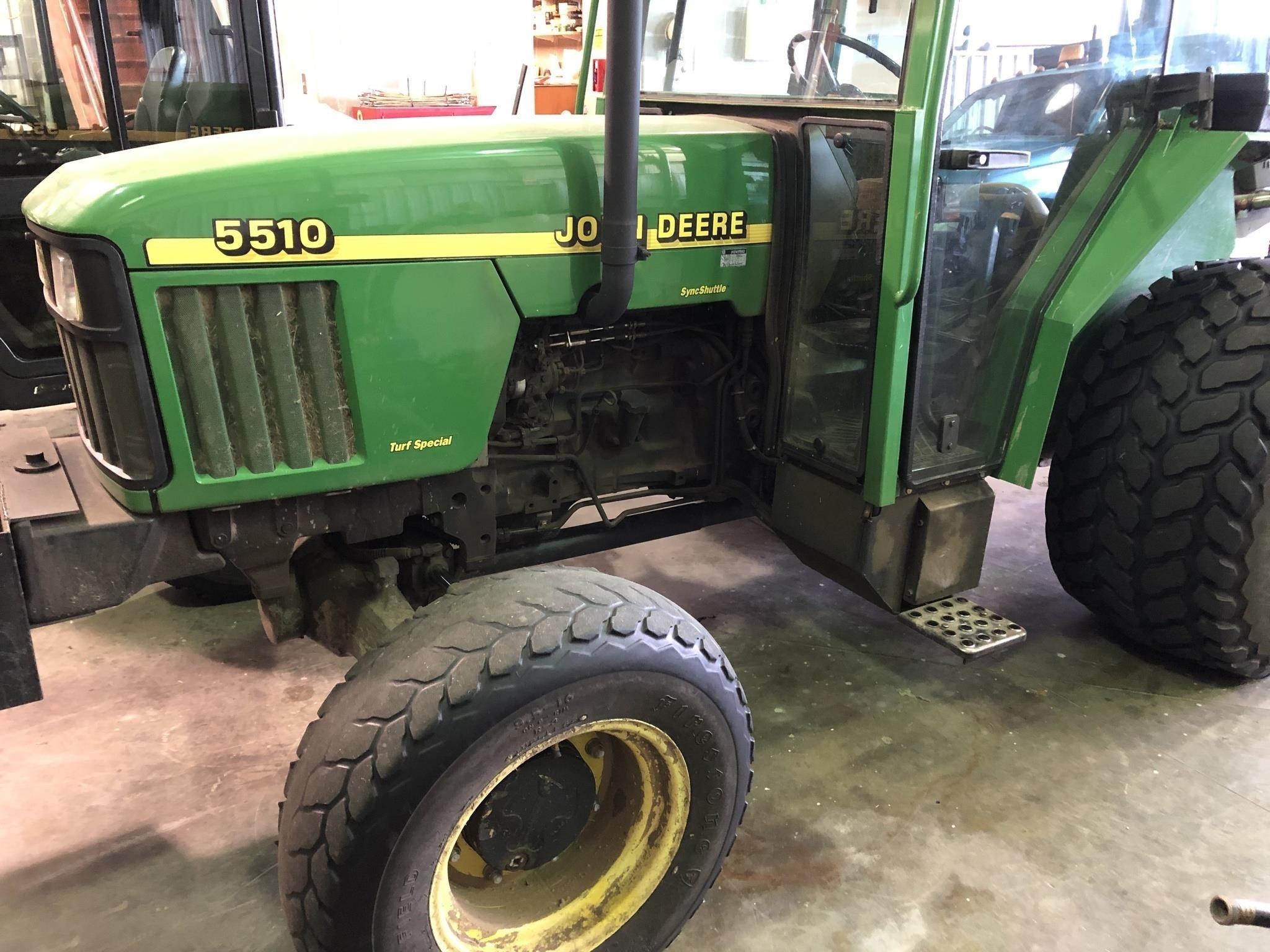 1999 John Deere 5510 Tractor