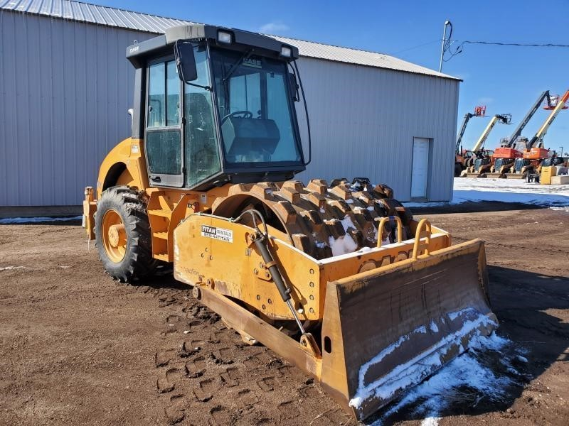 2012 Case SV210 Compacting and Paving
