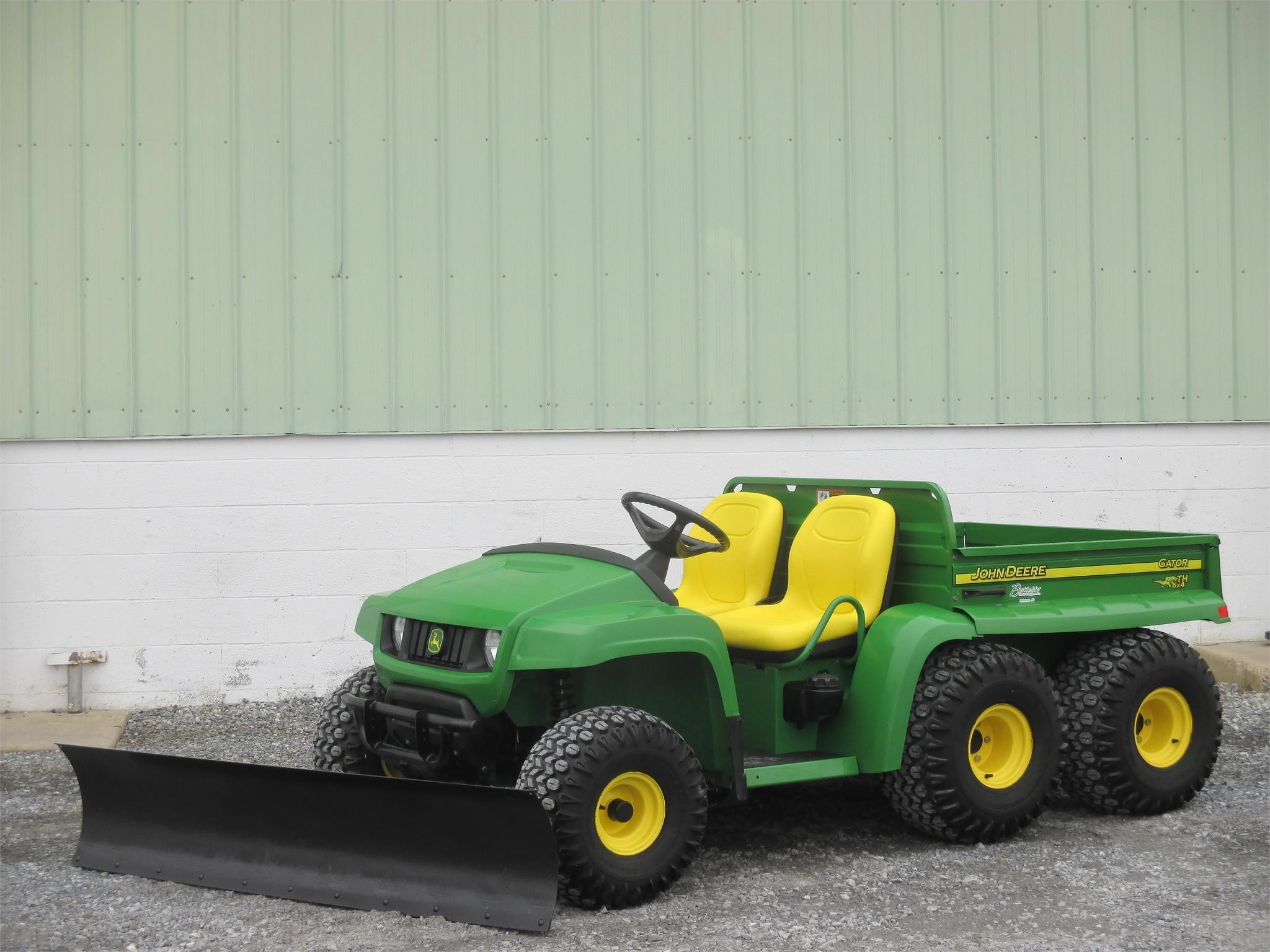 2005 John Deere Gator TH ATVs and Utility Vehicle