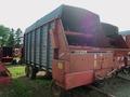 1985 Gehl 970 Forage Wagon