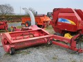 Gehl 1085 Pull-Type Forage Harvester