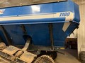 2013 Kinze 1100 Grain Cart