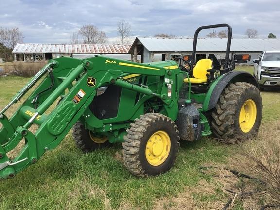 2018 John Deere 5090EL Tractor