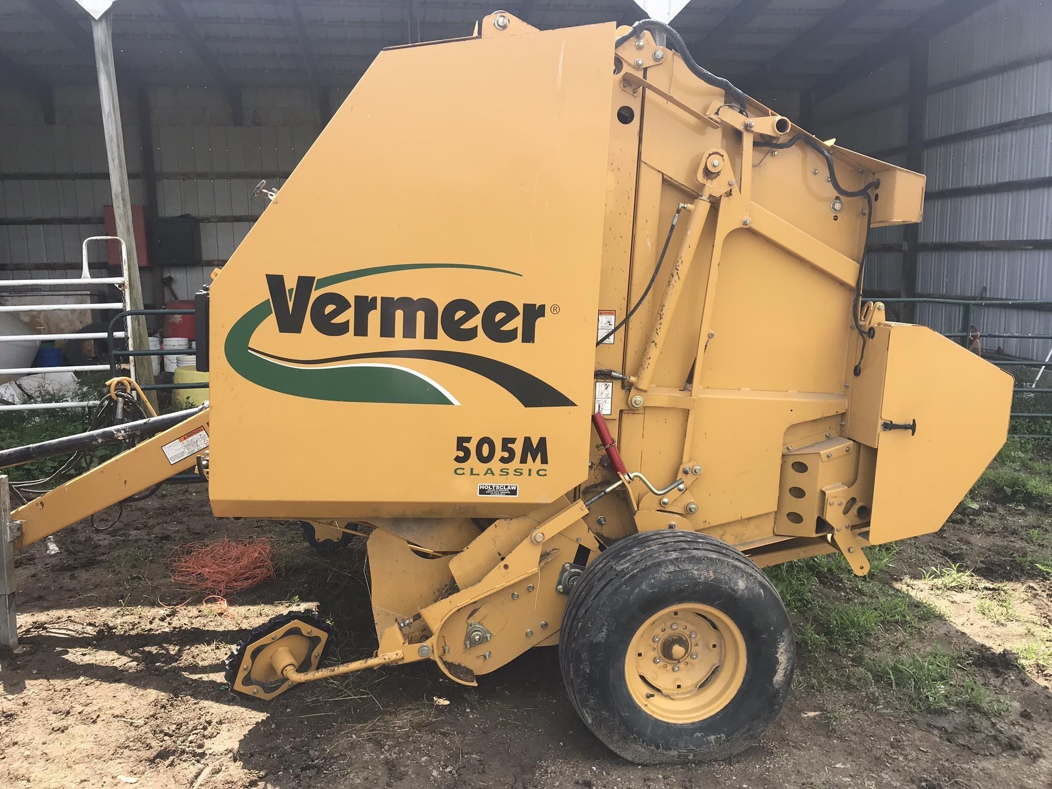 Vermeer 505M Classic Round Baler