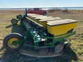 1998 John Deere 1730 Planter