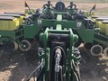 John Deere 24R15 Planter