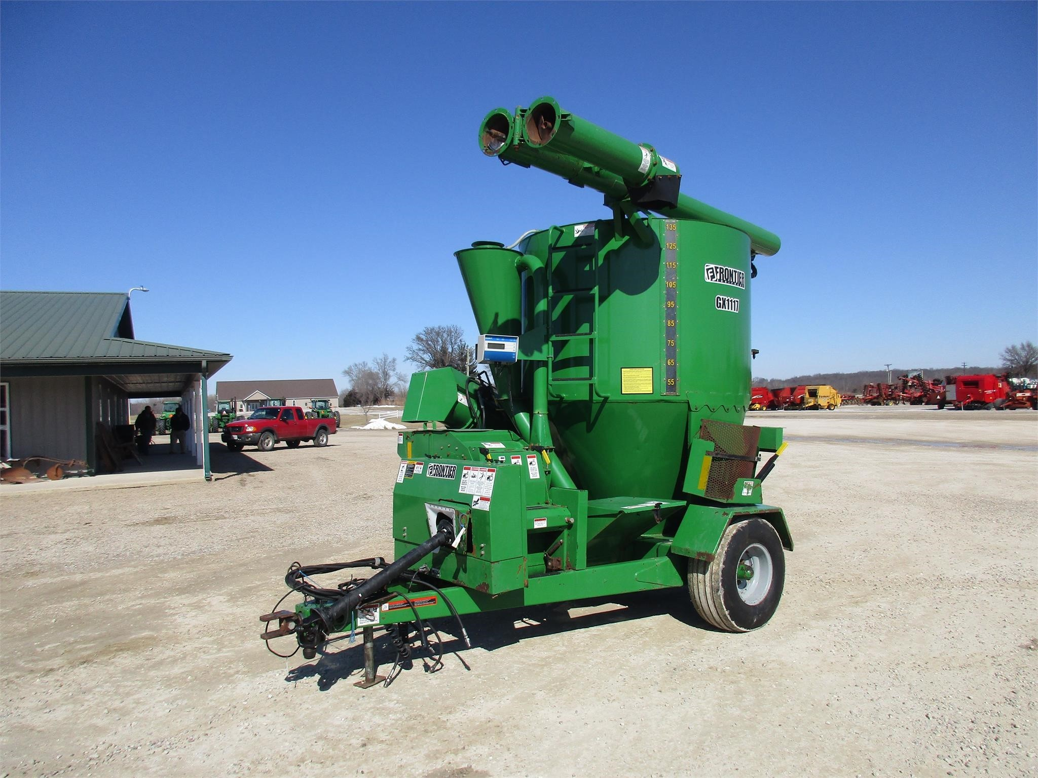 2007 Frontier GX1117 Grinders and Mixer