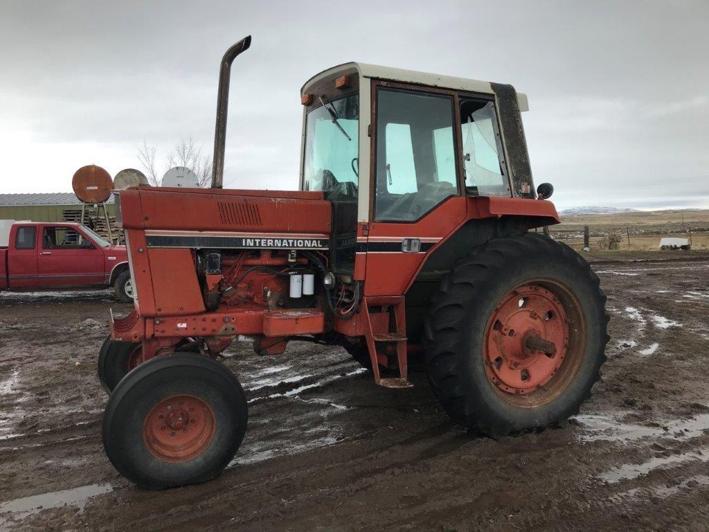 1981 International Harvester 1086 Tractor
