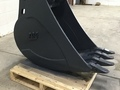 "TAG 18"" Tooth Bucket Backhoe and Excavator Attachment"