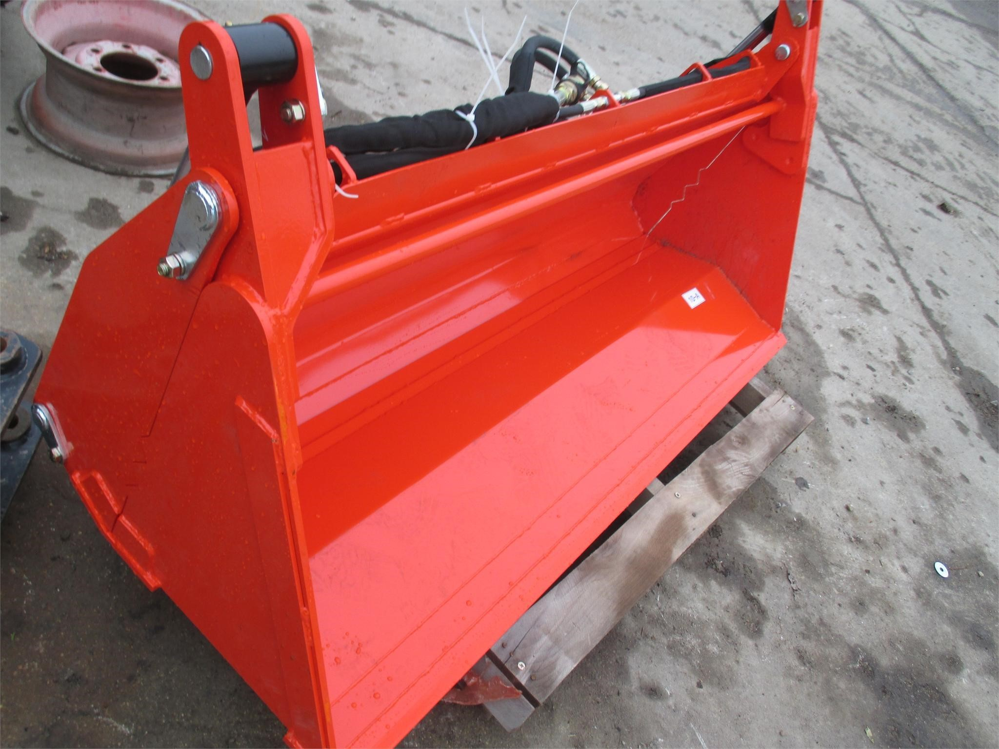 2015 Terra Force FB072 Loader and Skid Steer Attachment