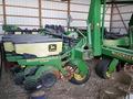 1998 John Deere 1780 Planter