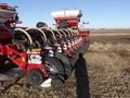 2009 White 8824 Planter