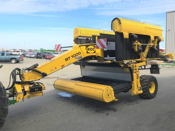 2019 ROC RT1000 Pull-Type Windrowers and Swather
