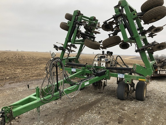 2012 Dalton Ag Products DW6040H 17 Row Toolbar
