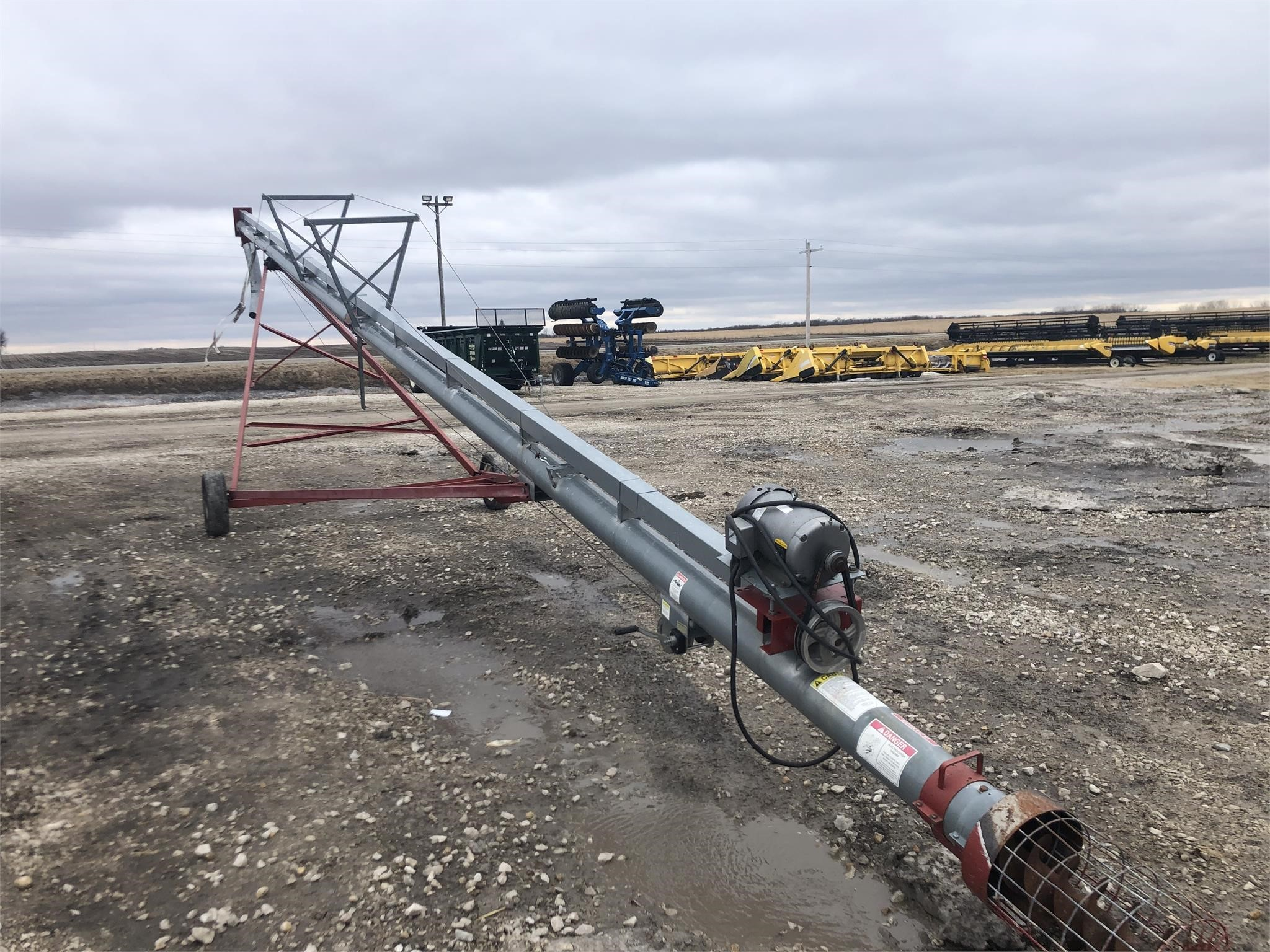 Sudenga TD450 Augers and Conveyor
