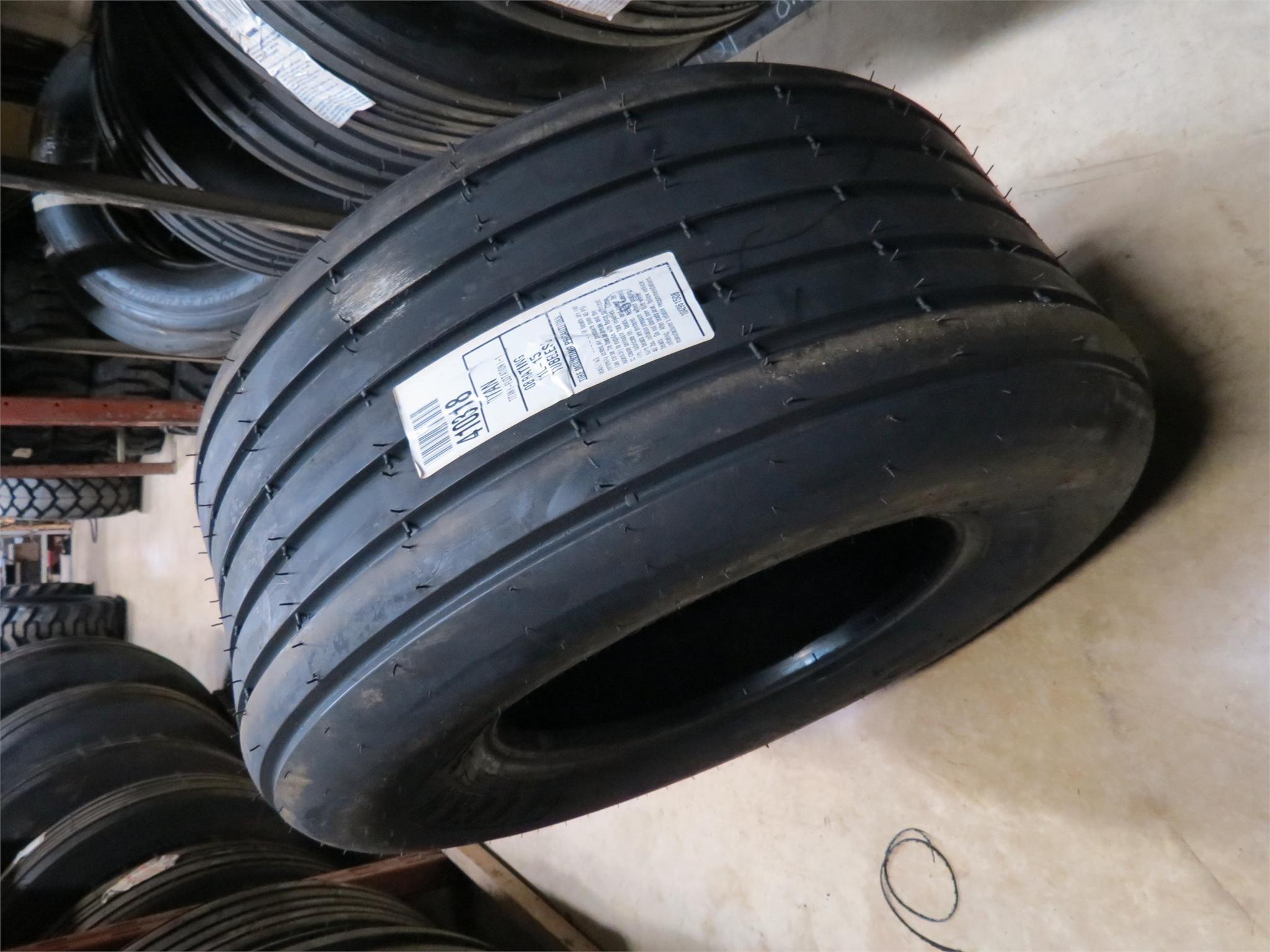 2019 Titan 11L15 Wheels / Tires / Track