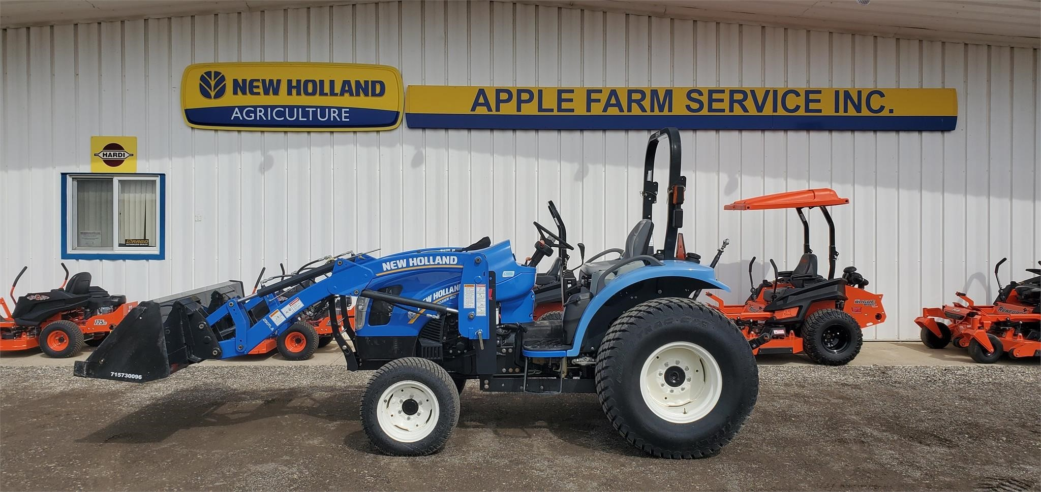 New Holland Boomer 46D Tractor