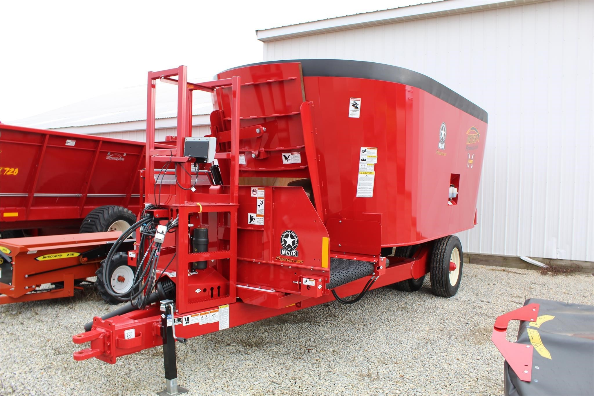 2020 Meyer F585 Grinders and Mixer