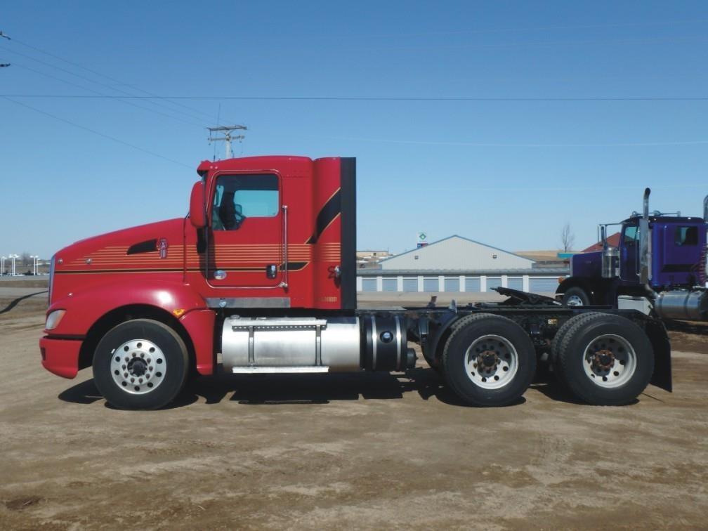 2013 Kenworth T660 Semi Truck