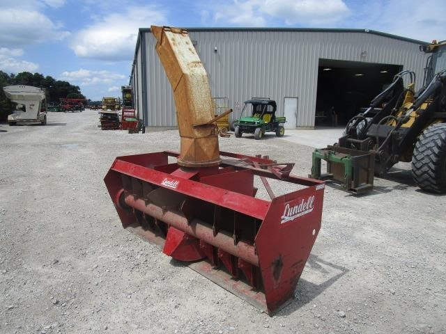 Lundell 3400 Snow Blower