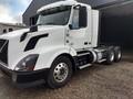 2013 Volvo VNL64T300 Semi Truck