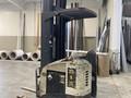 2003 Crown RR5220-45 Forklift