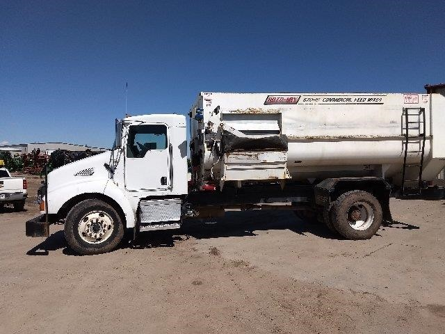 2007 Roto Mix 620-16 Grinders and Mixer