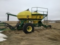 John Deere 1860 Air Seeder