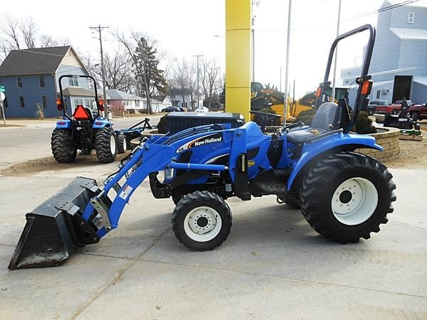 2008 New Holland TC33DA Tractor