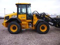 2017 JCB 417 Wheel Loader