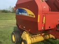 2010 New Holland BR7060 Round Baler